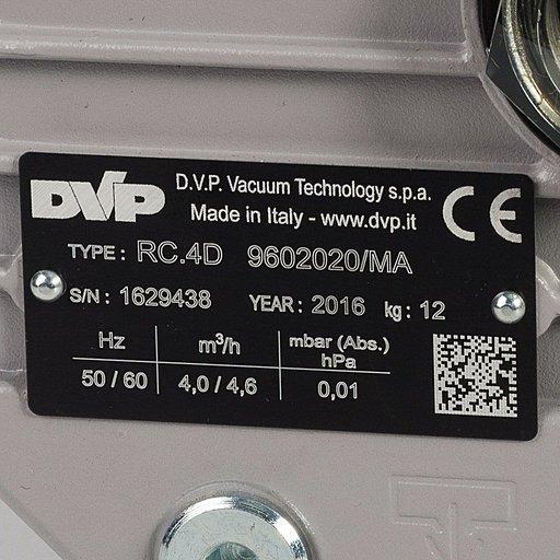 Двухступенчатый пластинчато-роторный вакуумный насос DVP RC.4D