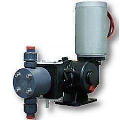Плунжерный низковольтный насос дозатор Injecta Taurus TP1525A VDC